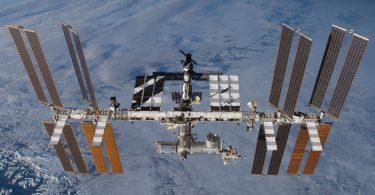 uluslararasi-uzay-istasyonu-bu-gece-turkiye-den-gorulebilecek-1469893311[1]