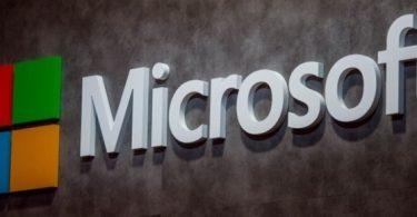 windows-10-guncellemesinden-sikayetci-olan-kadina-microsoft-tan-10-000-dolar-705x290[1]