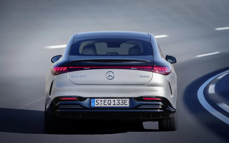 Elektrikli Mercedes EQS'in Türkiye Fiyatı Açıklandı! 2