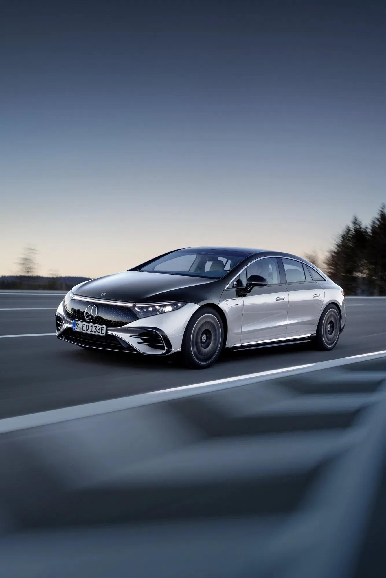 Elektrikli Mercedes EQS'in Türkiye Fiyatı Açıklandı! 3